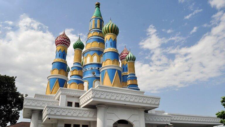 """Masjid """"Kremlin"""" di Jogja"""
