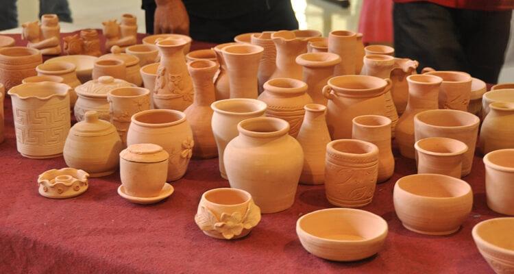 Pengertian Seni Kriya: Fungsi, Unsur dan Contohnya