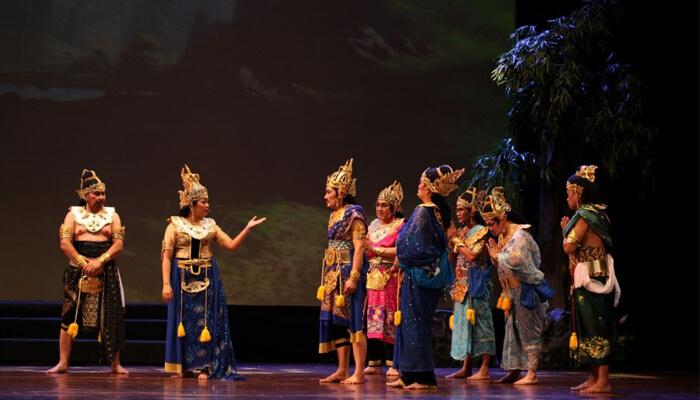 sejarah teater indonesia