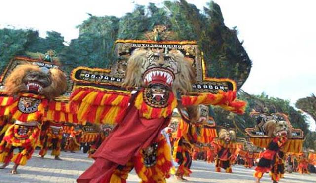 atraksi budaya Reog Tengger